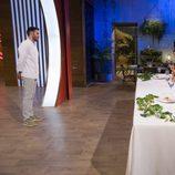 Saúl presenta su plato principal en el duelo final de 'MasterChef Celebrity 2'