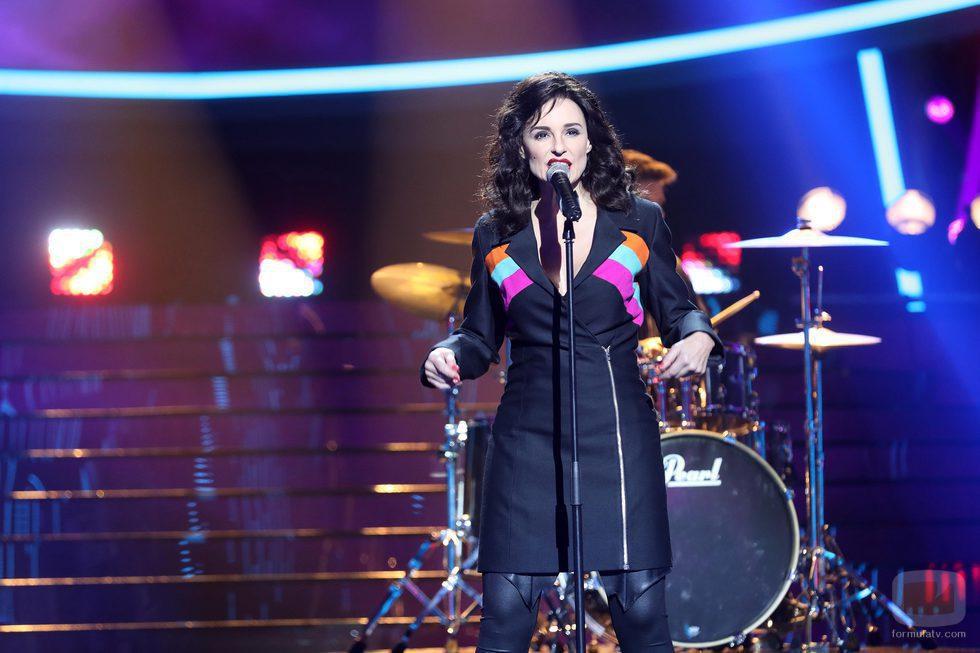 Silvia Marso es Luz Casal en la novena gala de 'Tu cara me suena'