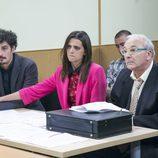 Javi y Lola en un juicio en el noveno episodio de la décima temporada de 'La que se avecina'
