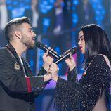 Beatriz Luengo y Agoney cantan juntos en la gala 5 de 'OT 2017'
