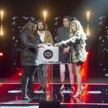 Pilar y Miriam abren un maletín en la gala 12 de 'GH Revolution'