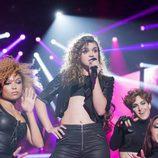 Amaia con sus bailarinas en la Gala 6 de 'OT 2017'
