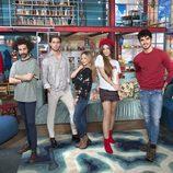 Fran, Shara, Ángel, Ana y Kevin, los protagonistas de 'Singles XD'