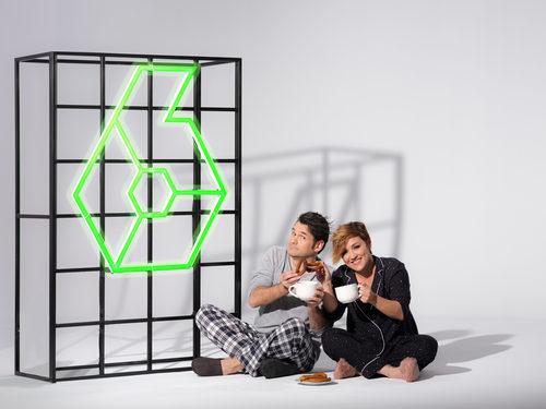 Iñaki López y Cristina Pardo comen churros en la promoción de las Campanadas 2017-2018