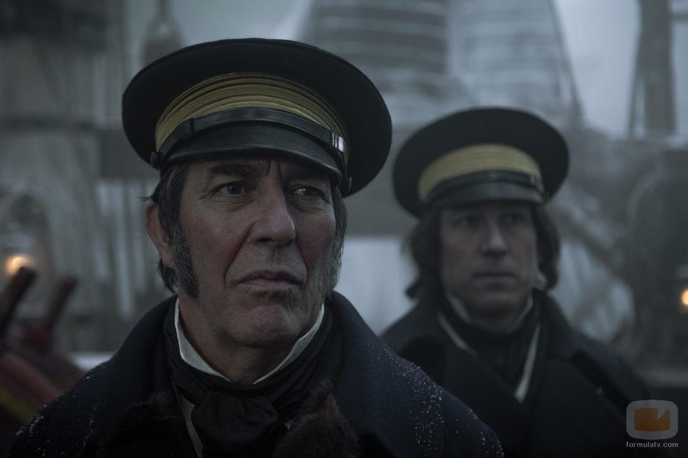 Jared Harris y Tobias Menzies como capitanes de los barcos en 'The Terror'
