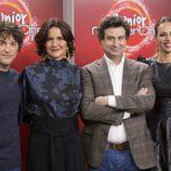 Eva González junto a los miembros del jurado en la presentación de 'MasterChef  Junior 5'