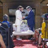 Vicente poniéndole el anillo de matrimonio a Fermín en el último capítulo de la décima temporada de 'La que se avecina'