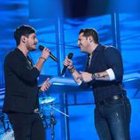 Cepeda y Manu Tenorio cantan