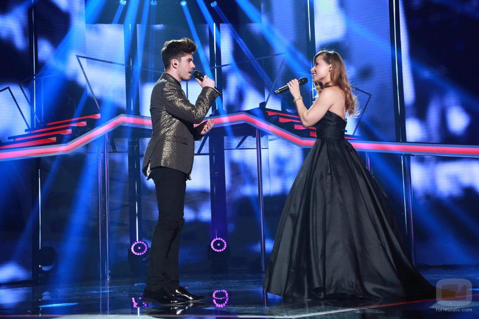 """Roi y Vero interpretan """"I Finally Found Someone"""" en la gala especial de Navidad de 'OT 2017'"""