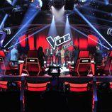 El escenario listo con los finalistas para la final de 'La Voz 5'