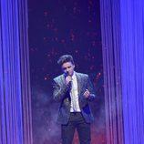 Gabriele Dellolio cantando en la final de 'La Voz 5'