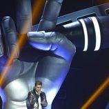 Samuel Cuenda cantando en la final de 'La Voz 5'
