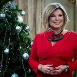 Terelu Campos junto a su árbol de Navidad