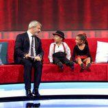 Carlos Sobera con el duo flamenco en 'Little Big Show'