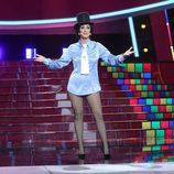 Ana Morgade en el escenario de 'Tu cara me suena' cantando