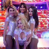 Las bailarinas de 'Tu cara me suena' posan durante el Concierto de Año Nuevo