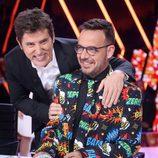 Àngel Llàcer y Manel Fuentes posan juntos en 'Tu cara me suena' durante el Concierto de Año Nuevo