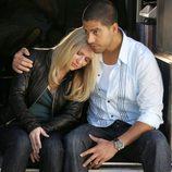Emily Procter y Adam Rodriguez en 'CSI Miami'