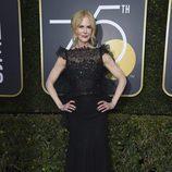 Nicole Kidman posa en la alfombra roja de los Globos de Oro 2018
