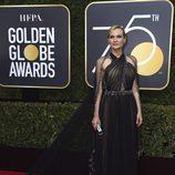 Diane Kruger posa en la alfombra roja de los Globos de Oro 2018