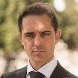 Pedro Alonso es Roberto Fuentes en 'Traición'