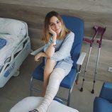 Edurne, ingresada en el hospital por una operación de rodilla