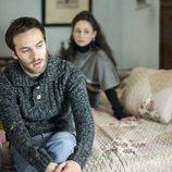 Carlos y Karina en la temporada 19 de 'Cuéntame cómo pasó'