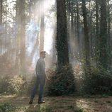 Miguel Ángel Muñoz en un bosque en 'Presunto culpable'