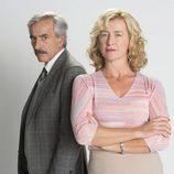 Imanol Arias y Ana Duato posan en la 19ª temporada de 'Cuéntame cómo pasó'