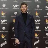 Alfonso Bassave posa en la alfombra roja de los Premios Feroz 2018