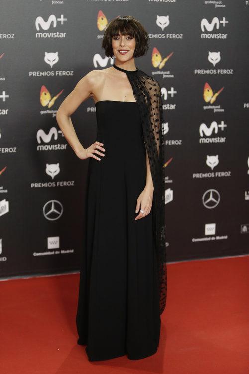 Belén Cuesta posa en la alfombra roja de los Premios Feroz 2018