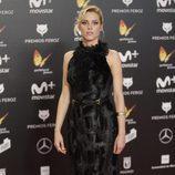 Maggie Civantos posa en la alfombra roja de los Premios Feroz 2018