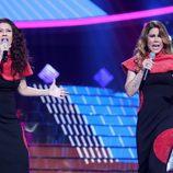 Tamara acompaña a Pepa Aniorte en su imitación en la gala 15 de 'Tu cara me suena'