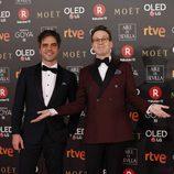 Joaquín Reyes y Ernesto Sevilla posan en la alfombra roja de los Premios Goya 2018
