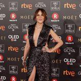 Antonia San Juan posa en la alfombra roja de los Premios Goya 2018