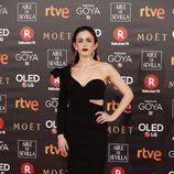 Marina Salas posa en la alfombra roja de los Premios Goya 2018
