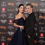 Juana Costa y Ernesto Alterio posan en los Premios Goya 2018