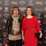 Massiel posa en la alfombra roja de los Premios Goya 2018