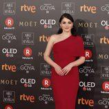 Andrea Duro posa en la alfombra roja de los Premios Goya 2018