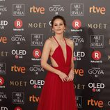 Irene Escolar posa en la alfombra roja de los Premios Goya 2018