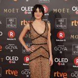 Macarena García posa en la alfombra roja de los Premios Goya 2018