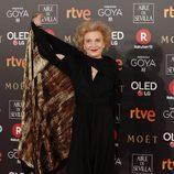 Marisa Paredes posa en la alfombra roja de los Premios Goya 2018