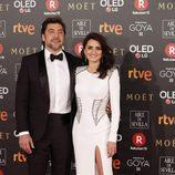 Penélope Cruz y Javier Bardem posan juntos en la alfombra roja de los Premios Goya 2018