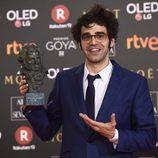 David Verdaguer posa con el premio a Mejor Actor de Reparto en los Goya 2018