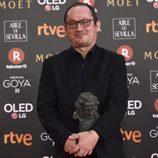 Pascal Gaigne posa con el premio a Mejor Música Original en los Goya 2018