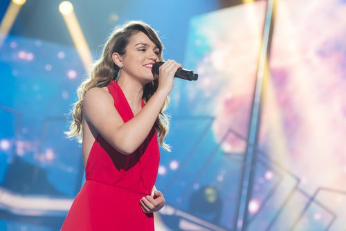 Amaia interpretando 'Starman' en la Gala Final de 'OT 2017'