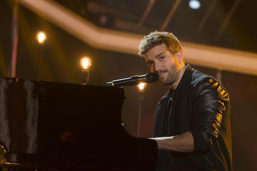 Pablo Alborán cantando en la Gala Final de 'OT 2017'