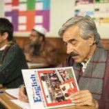 Antonio Alcántara en clase de inglés en 'Cuéntame cómo pasó'