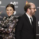 Miren Ibarguren y Borja Cobeaga en los Premios Feroz 2018