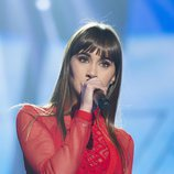 "Aitana interpreta ""Issues"" en la Gala Fiesta de 'OT 2017'"